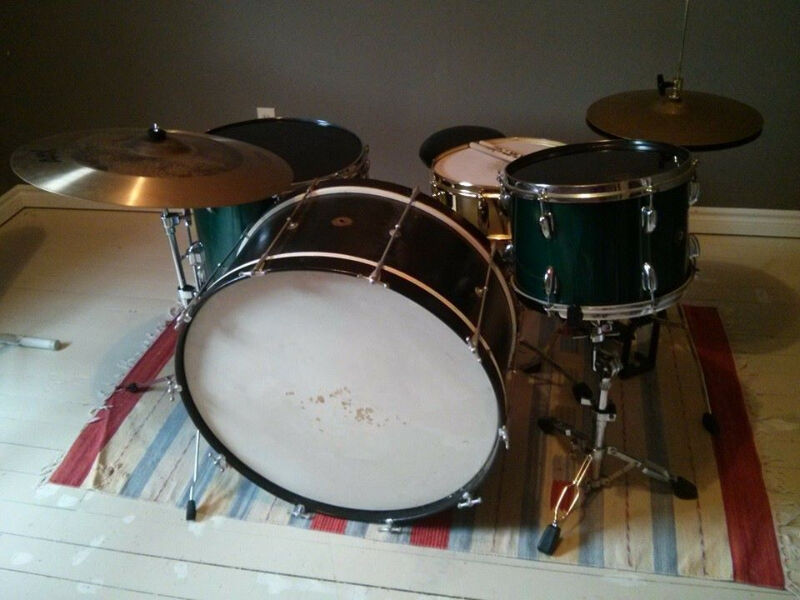300 off vintage slingerland maple drums with 28 1930 39 s bass drums percussion kingston. Black Bedroom Furniture Sets. Home Design Ideas