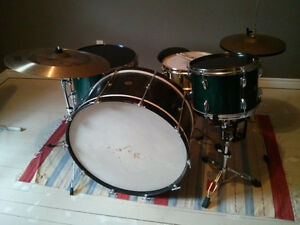 "Vintage Slingerland Maple Drums with 28"" 1930's BASS DRUM!!!!"