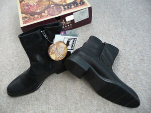 Brand New Ladies Black Waterproof Leather Boots - Size 9