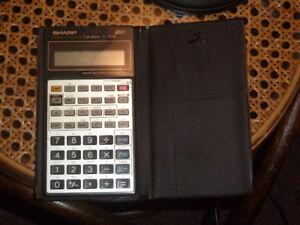 Calculatrice financiere Sharp EL-738A