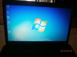 TOSHIBA C650 LAPTOP-WEBCAM-3 GB RAM-320 HDD