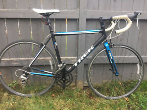 Trek One Series 1.1 H2 - Road Bike - Excellent Condition