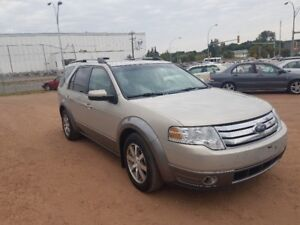 2009 Ford Taurus X AWD***7 SEATER**DVD***EXCELLENT CONDITION***