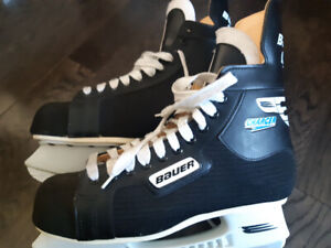 "Men's Bauer ""Charger"" Hockey Skates"