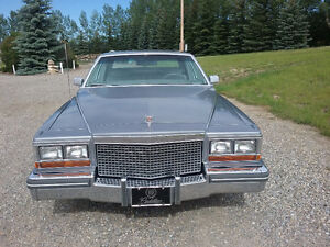Classic 1981 Cadillac Fleetwood, fully loaded, low Km's