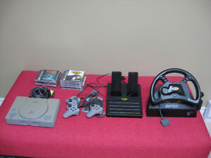 PLAYSTATION 1 CONSOLE+GAMES