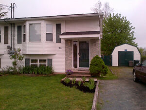 Elmsdale Semi for sale