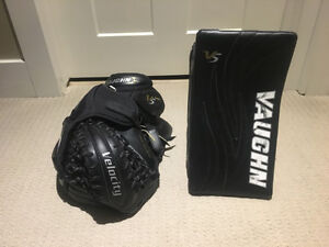 Vaughn Velocity V5 7490 Sr. Goalie Gloves - Full Right