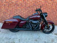 Harley-Davidson FLHRXS Road King Special