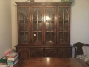 Solid Oak China Cabinet with Hutch