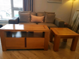 Solid oak tv stand and lamp table (can be delivered locally)