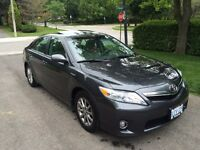 Fully Loaded 2010 Toyota Camry Hybrid for $15,000!