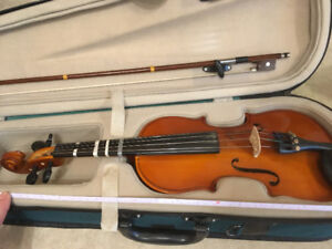 20 inch Violin/Fiddle with protective case.