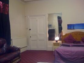 1 Bedroom To let Bolton Town single & double room rent student or professional