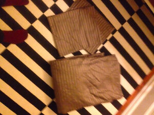 Silky Chocolate Brown Duvet Cover and Sham cases (Queen)