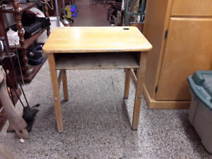 YES ONLY $20.00  VINTAGE CHILD SCHOOL DESK SOLID CONDITION