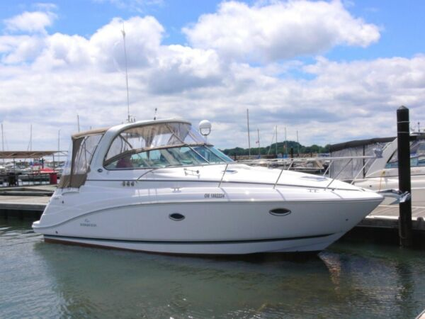 2010 Rinker Boat Co 340 Express Cruiser