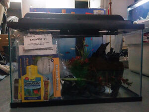 10 gallon aquarium and supplies