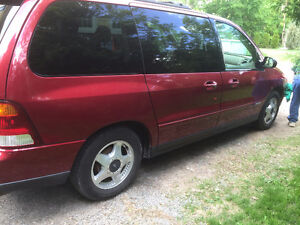 2003 Ford Windstar tout équipe Fourgonnette, fourgon