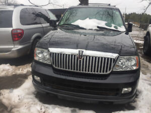 BLACK 2005 LINCOLN NAVIGATOR FOR PARTS