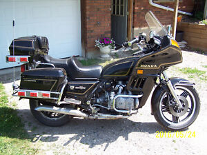 HONDA GOLDWING INTERSTATE 1100 IN GREAT SHAPE