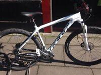 "Felt Nine 6 Carbon 29"" wheel mountain bike in Large 20"" frame size"