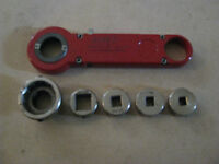 Ratchet-Cut / Ratcheting Die Nut & Tap Wrench # RC-DNVKIT