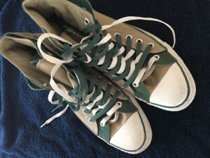Limited edition Double LACED Converse All Star Mens 10 High Tops