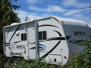 2012 Apex by Coachman 2012  Excellent Condition