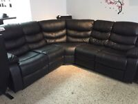 SECTIONAL SOFA 2 recliners places in black bonded leather