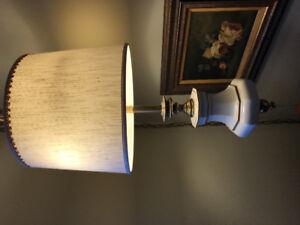 Elegant ceramic swag lamp