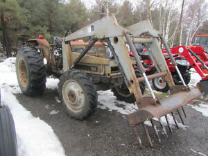 WHITE 2-62 FIELD BOSS TRACTOR AND LOADER