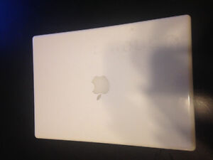 MacBook White - Great condition!
