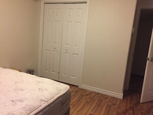 Beautiful Room in a condo for rent July and August !