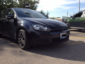PRIVATE SALE: Blacked-Out 2011 VW Golf 2.5L (Fully Loaded)