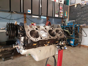 Classic and hot rod engine building.