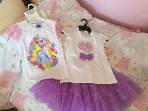 New with tags - Girls size 7  Frozen t-shirt and set