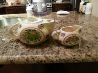 THREE ANTIQUE BEAUTIFUL TEA SETS   Beautiful Japanese KUTANI te