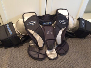 VAUGHAN GOALIE CHEST PROTECTOR