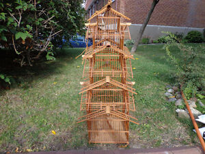 Cage en bamboo a vendre - Bamboo cage for sale