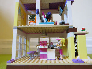Lego Friends - Stephanie's Beach House Oakville / Halton Region Toronto (GTA) image 2