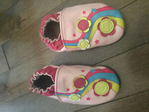 Robeez Girls Shoes 6-12 Months