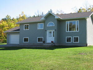 MANITOULIN ISLAND, LITTLE CURRENT, NEWER HOME!!