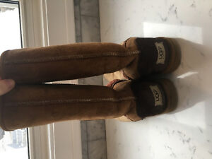Ugg boots. Very good used condition