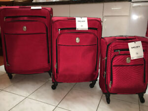 DELSEY Cannes 3-Piece Soft Side 4-Wheeled Expandable Luggage Set