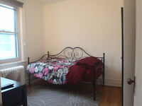 ★ ★ ★ COZY FULLY FURNISHED ROOM 15Min from DOWNTOWN ★