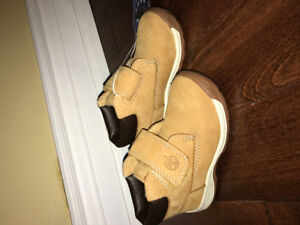 Toddler timberlands size 7 for boys