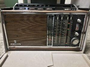 796167586fb8 Vintage Grundig Satellit 6001 Transistor Radio