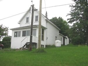 House for Rent-Douglas ON