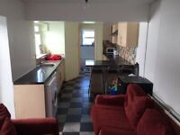 Rooms to rent in mature student house share